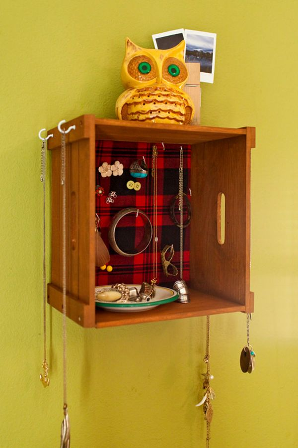 36 ways to stay organized with diy jewelry holders solutioingenieria Image collections