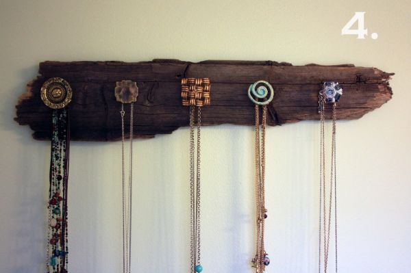 36 ways to stay organized with diy jewelry holders for How to make a wooden pendant