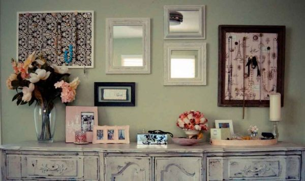 How to achieve a vintage style for Antique style decoration