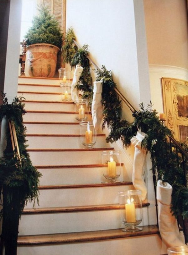 decorate the stairs for christmas 30 beautiful ideas - Banister Christmas Decorations