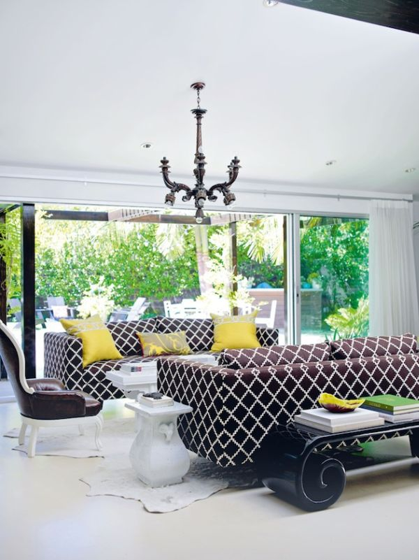 Sofas That Sing Chic Prints And Patterns On Your Biggest