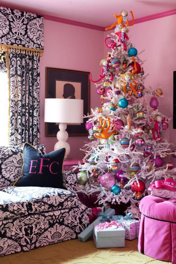 Eclectic Christmas Tree. - 8 Distinct (and Fabulous) Christmas Tree Styles