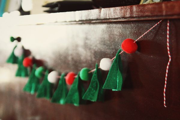 How To Make Your Own Garlands This Christmas – 11 Creative Ideas