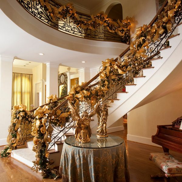 decorate the stairs for christmas 30 beautiful ideas - Decorating Banisters For Christmas With Ribbon