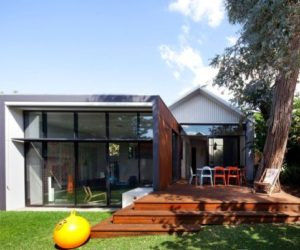 Old-Heritage Listed House Extended And Remodeled Into A Modern Space
