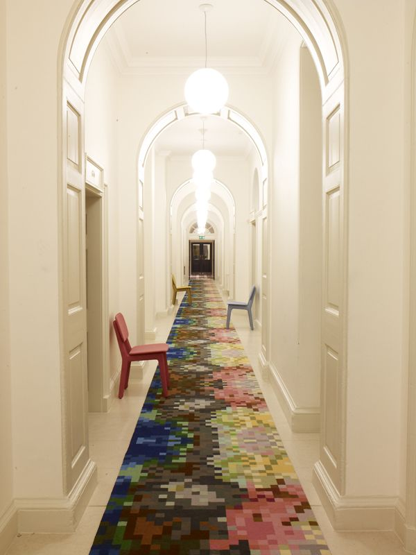 25 Best Hallway Walls - Make Your Hallways As Beautiful As ...