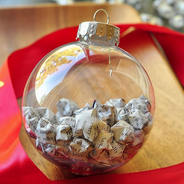 25 diy crafts featuring the simple christmas ball ornament - Christmas Bulb Decorations