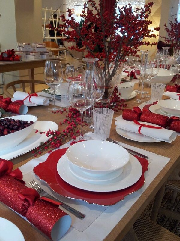 Festive and beautiful christmas tablescapes ideas and - Decor de table noel ...