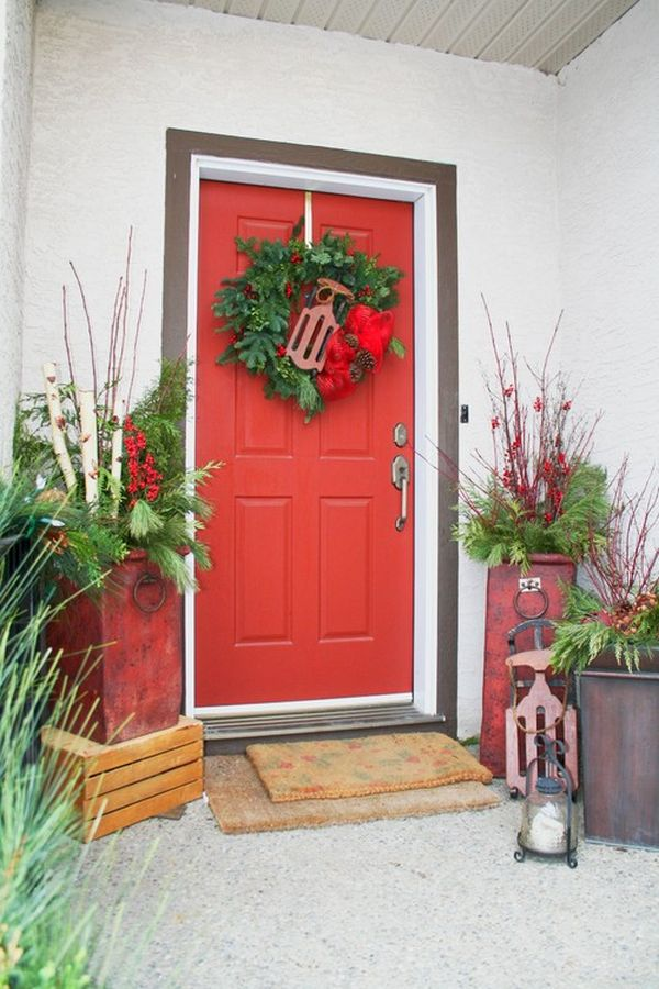How to decorate your front door for the holidays the lovely look of simple festivity - Creative decoration ideas for home without ripping you off ...