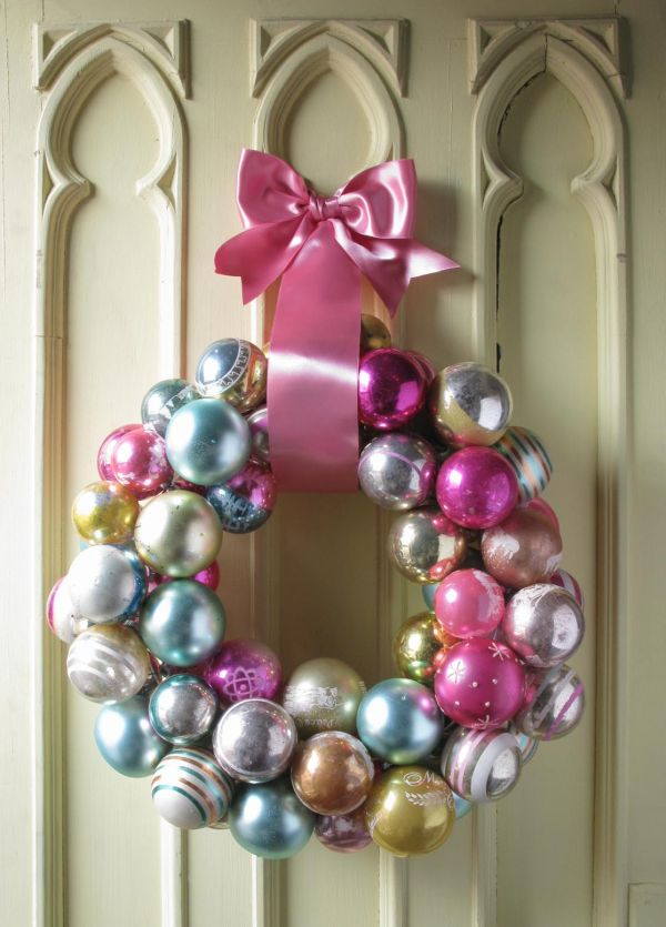 22 beautiful and easy diy christmas wreath ideas home decorating trends homedit solutioingenieria Image collections