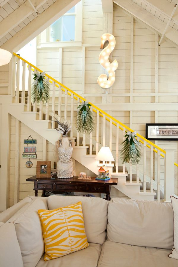 Decorate The Stairs For Christmas 38 Beautiful Ideas To Spruce The Holiday Season