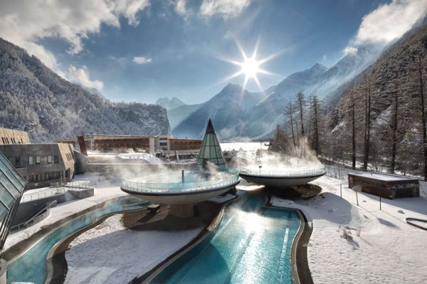Enjoy Winter From A Levitating Pool At The Aqua Dome Thermal Resort