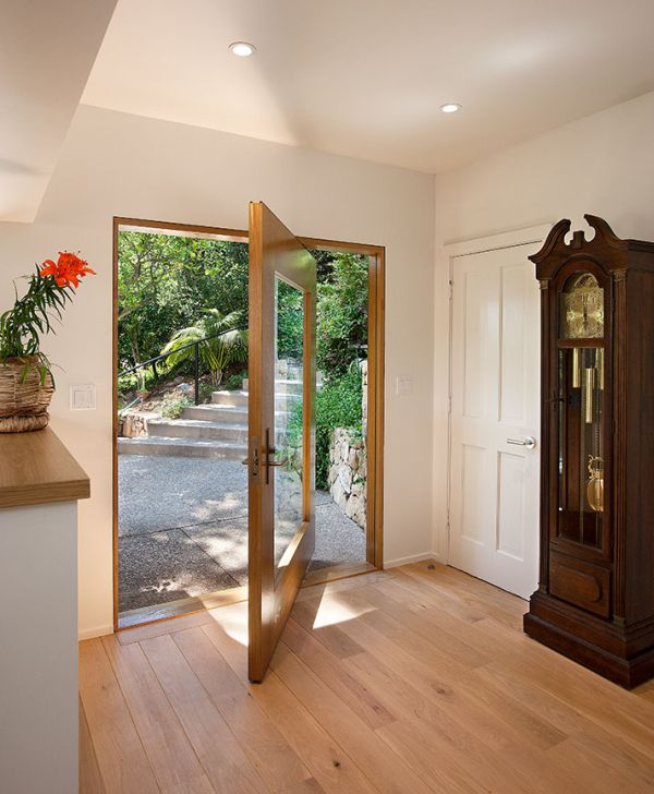 Impress Your Guests And Increase The Entryway Appeal With Pivot Doors