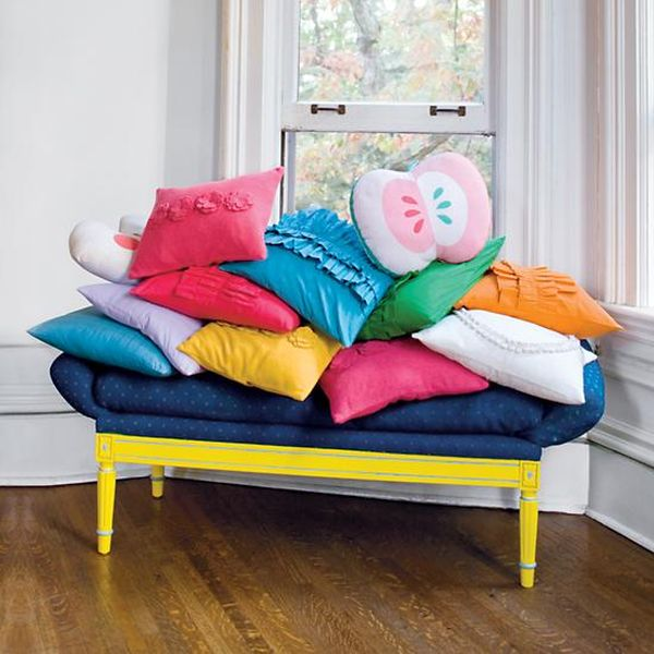 Pancake Floor Pillows: Funky Food-Shaped Pillows To Cheer Up The Décor