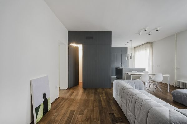 Renovated Apartment In Pisa Gets A Contemporary Simplified Look