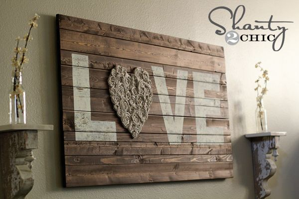 DIY Valentine\'s Day Love Signs