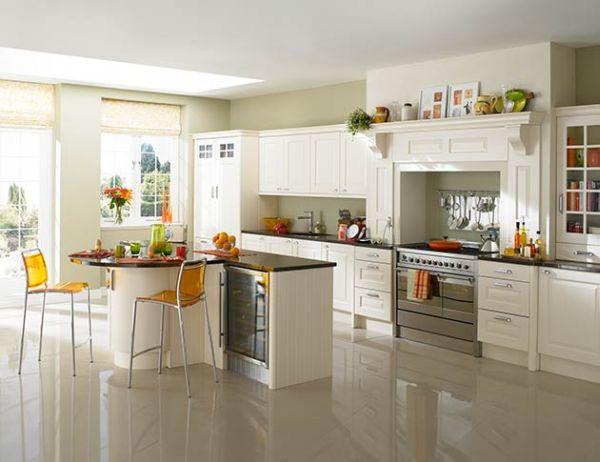 Chic white kitchens for 2014 for White kitchen designs 2014
