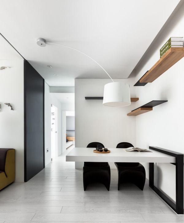 Classical Black And White Apartment With A Modern Touch