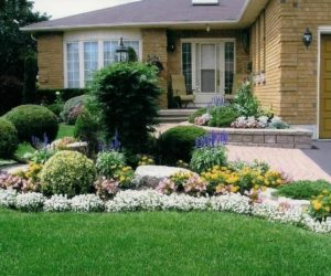5 Easy Ways to Add Curb Appeal in Time for Spring
