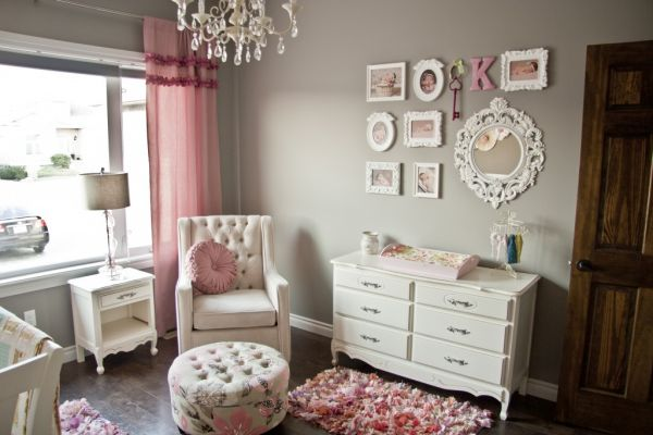 Bring up baby in style from day one 30 lovely girl for Baby girl room decoration ideas