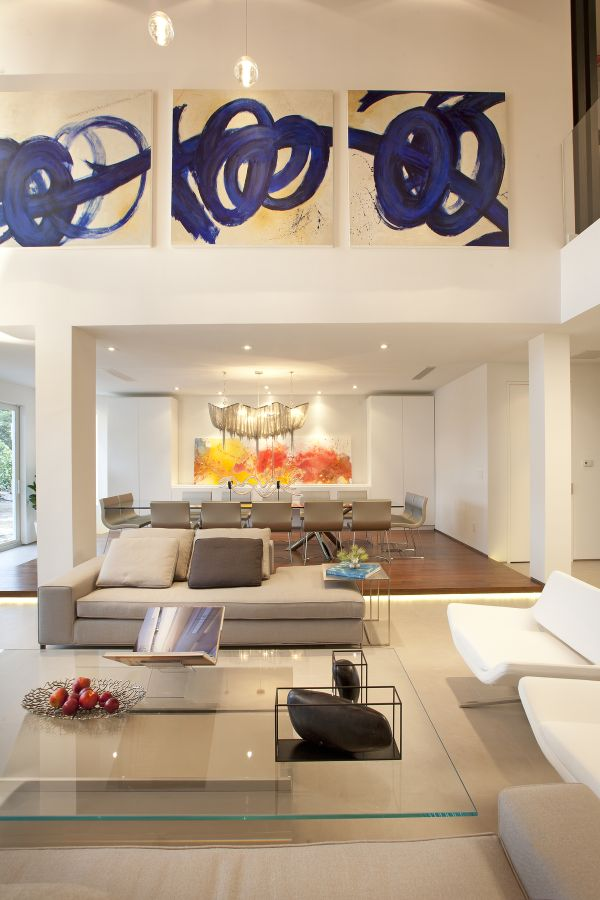 High Ceiling Wall Decor different ways to use beautiful and large art pieces