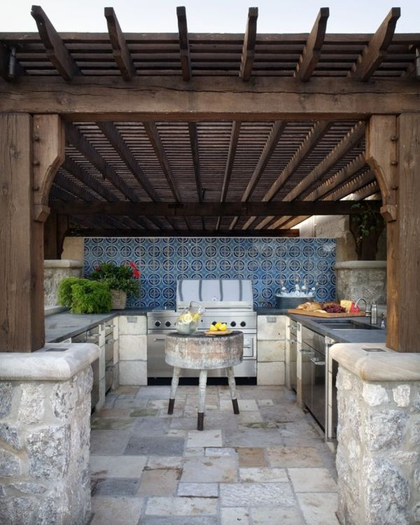 outdoor kitchen designs featuring pizza ovens fireplaces. Black Bedroom Furniture Sets. Home Design Ideas