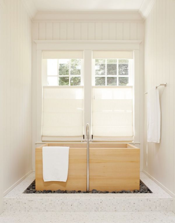 Turn Window Shower : Deep soaking japanese bathtubs turn the bathroom into a spa