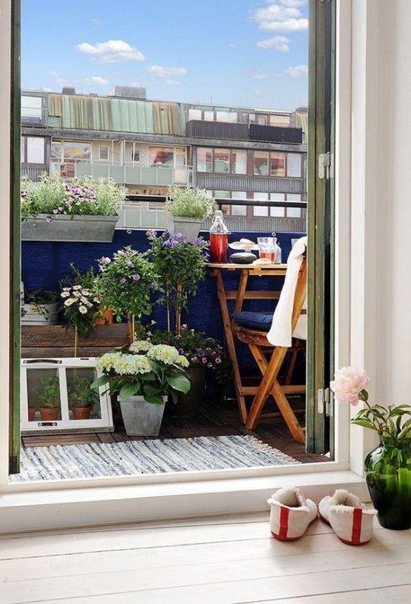 Homedit & 21 Charming Balconies Featuring A Scandinavian Design