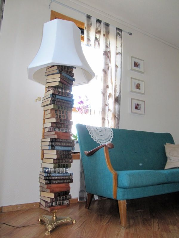 Diy floor lamps 15 simple ideas that will brighten your home old books mozeypictures Image collections
