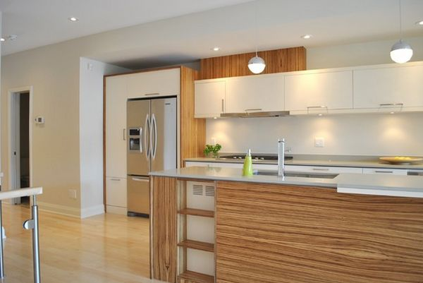 20 enlightening white and wood spaces for White wood grain kitchen cabinets