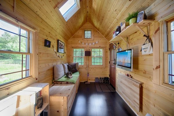 tiny tack house living large in a tiny house interview. Black Bedroom Furniture Sets. Home Design Ideas