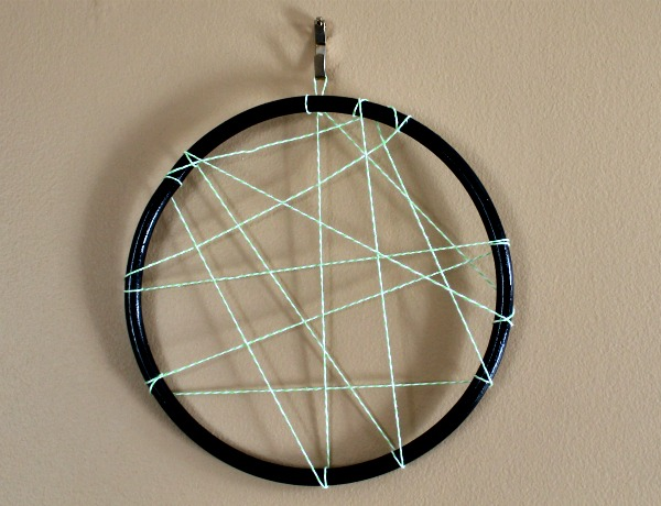 diy hoop display board