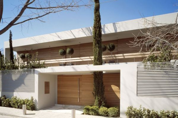 Modern Greek Homes houses that love nature – for a better world where trees can get a