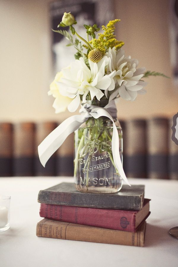 Find inspiration in nature for your wedding centerpieces for Buy wedding centerpieces