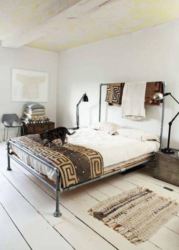 Nice Metal Pipe Bed.
