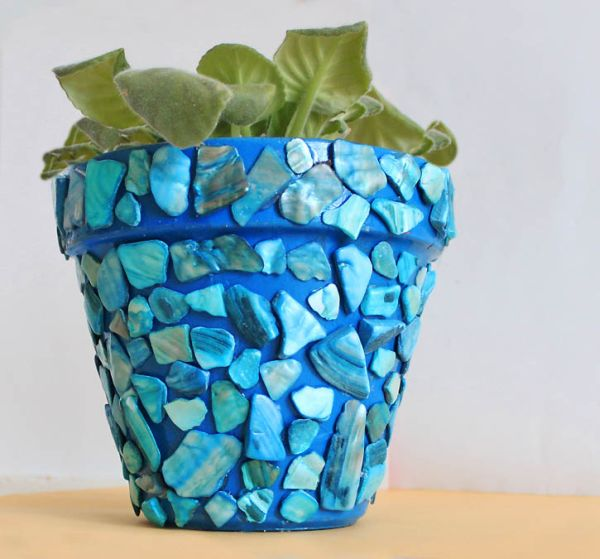 Diy mosaic projects with which you can change your home 39 s for Pot painting materials required