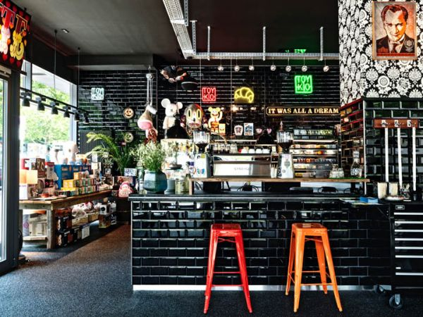 Coffee Shops Around The World And Their Eye-Catching ...