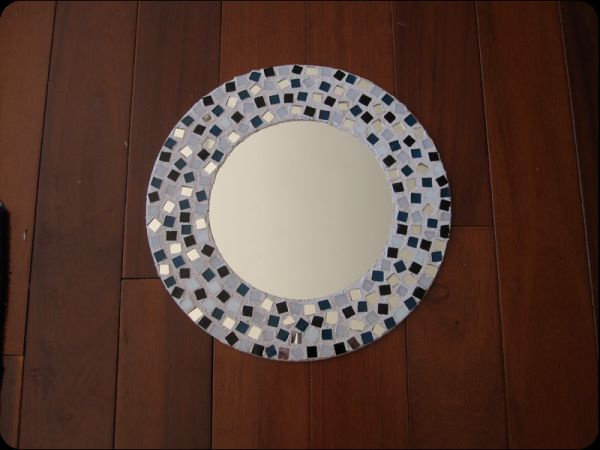 Diy mosaic projects with which you can change your homes dcor diy mirrors chic accessories in any home view in gallery solutioingenieria Image collections