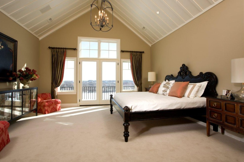 Beautiful Vaulted Ceiling Designs That Raise The Bar In Style - Decorating rooms with vaulted ceilings