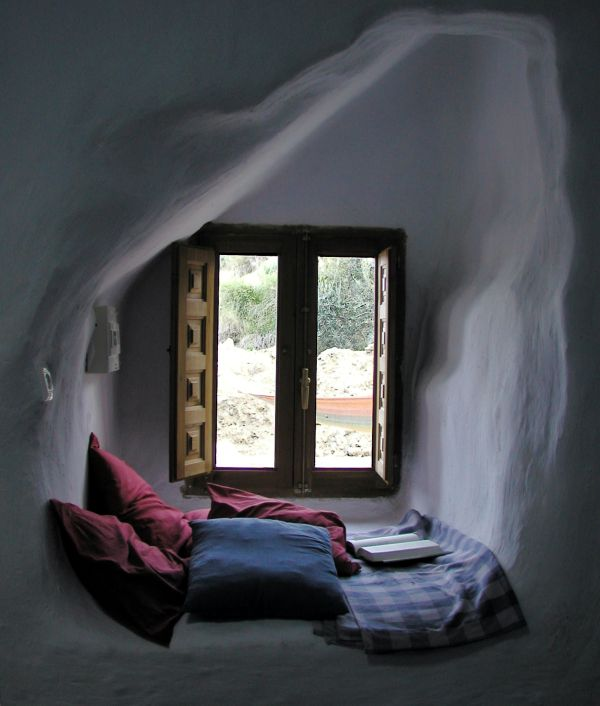 enjoy your favorite book in style 15 window alcove