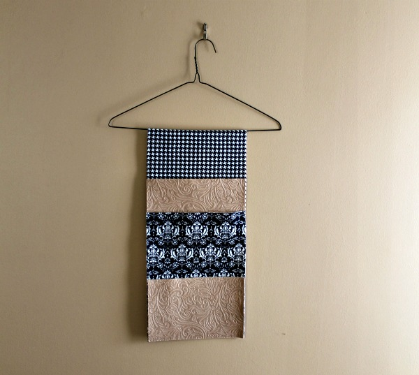 diy mail hanger