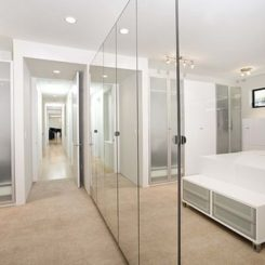 Ordinaire Closet Door Designs And How They Can Completely Change The Décor