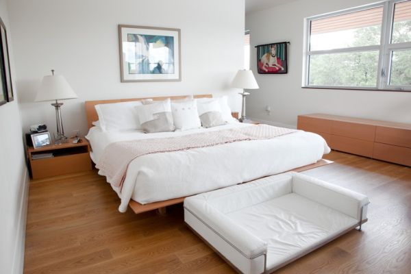 How to refresh the foot of your bed with style 15 for Dog bedroom decorating ideas