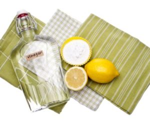 Killer Homemade Cleaners Made From Vinegar, Baking Soda And Lemon