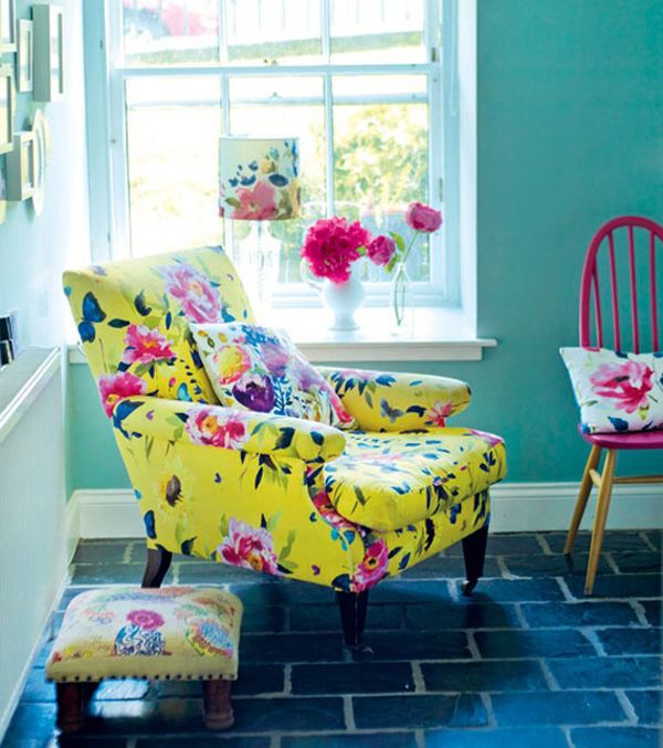 Flower Power: Bold, Graphic Florals in Home Décor