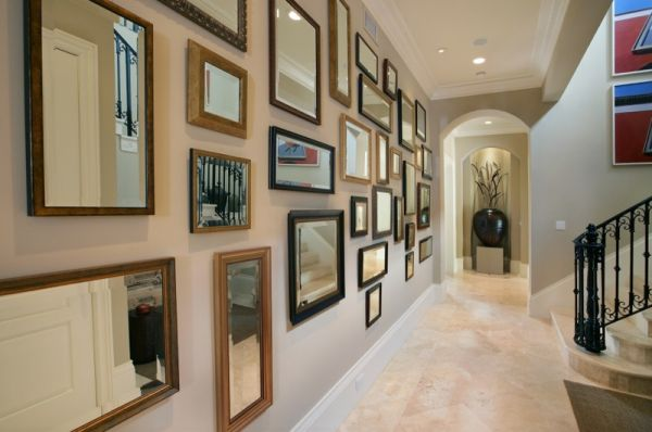 Easy ways to make your hallways look bigger brighter for Hallway wall decor