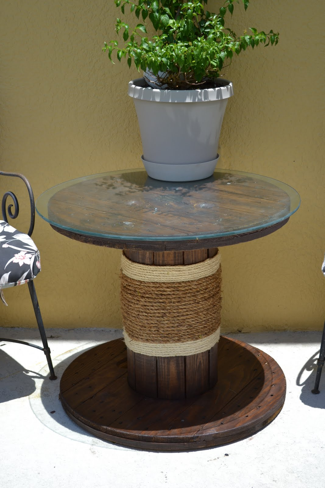 easy diy outdoor table drink trough cable spool table easy diy patio furniture projects you should already start planning