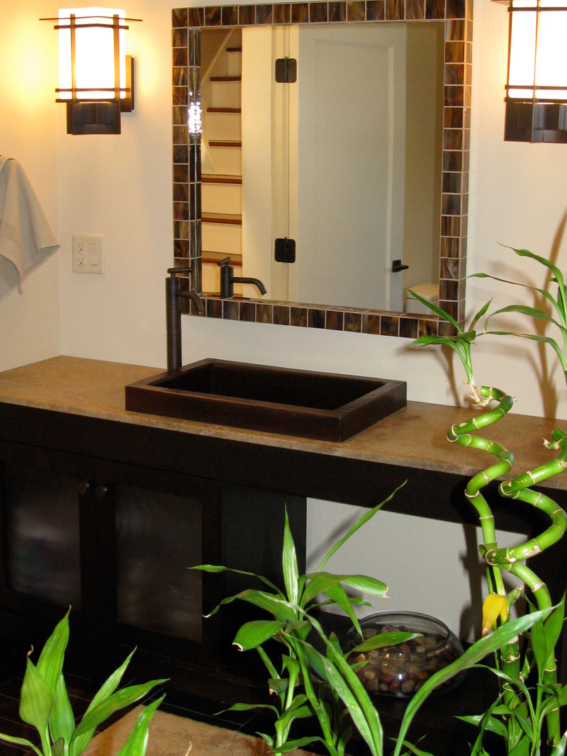 Best plants that suit your bathroom fresh decor ideas for Small tropical bathroom design