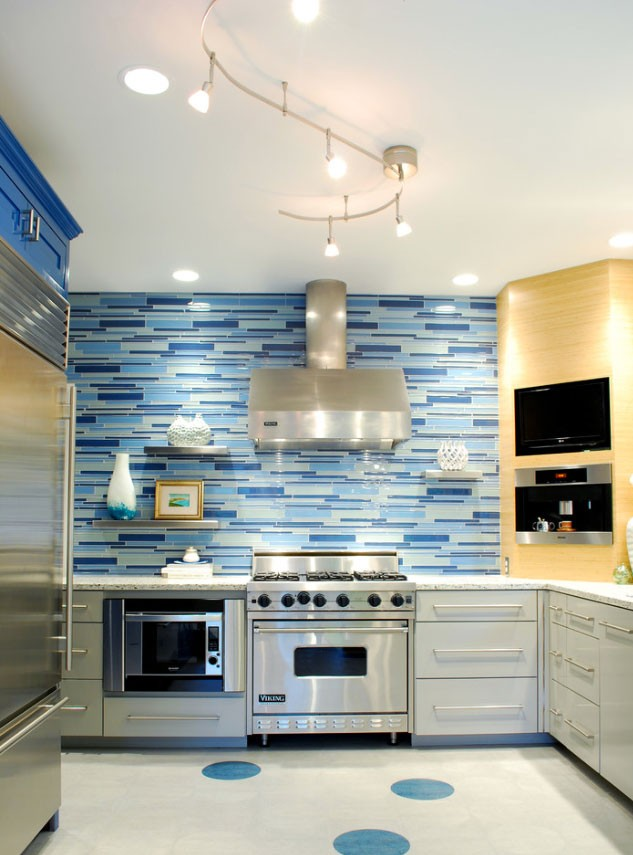 Spruce up your home with color blue tiles for the for French blue kitchen ideas