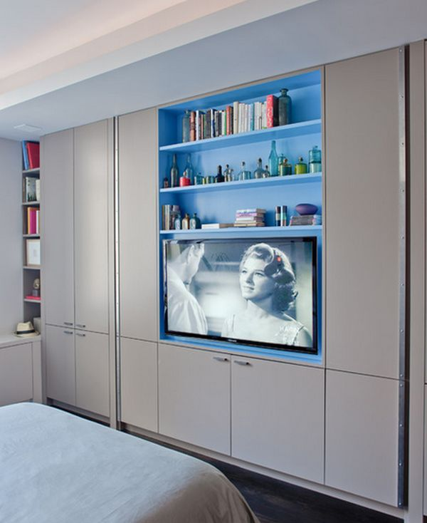 Built In TV And Shelves.
